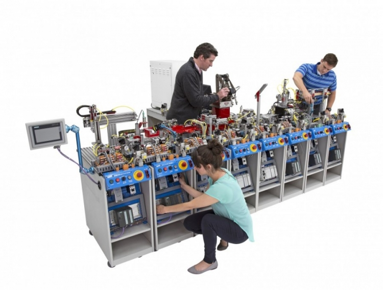Large Scale Mechatronics Line